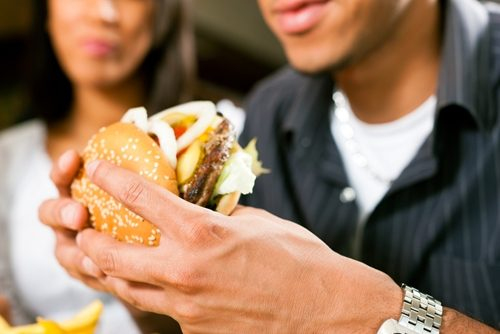 Stop skipping lunch to lose weight